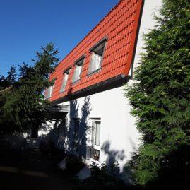 Fassadenanstrich und Dachbeschichtung